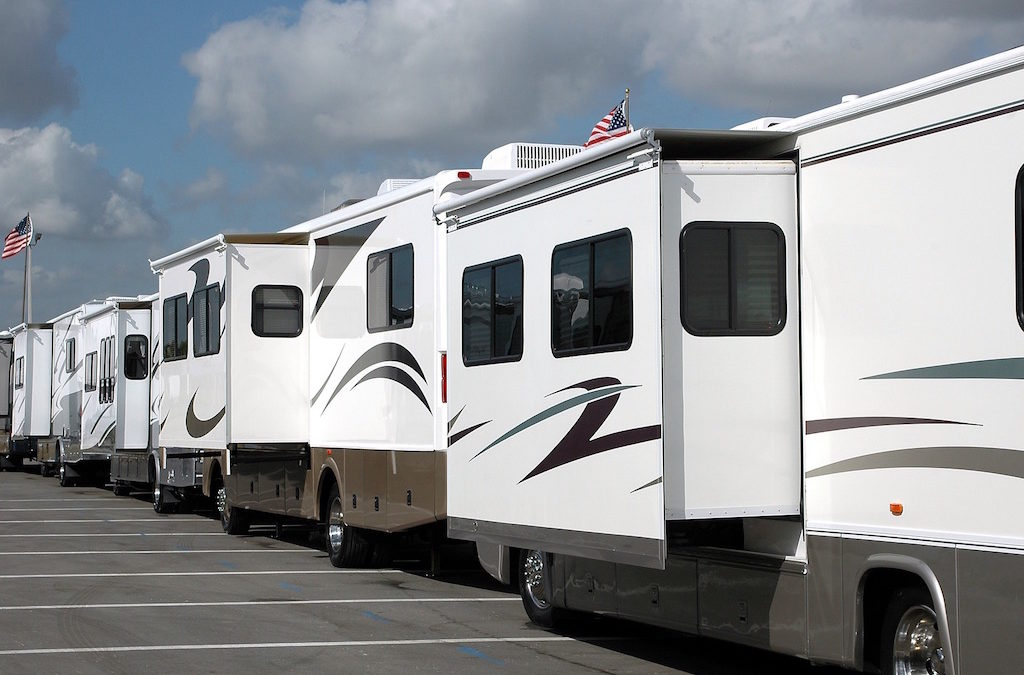 RV Loans in Florida Discussed Buying that Boat and Sailing to the Bahamas
