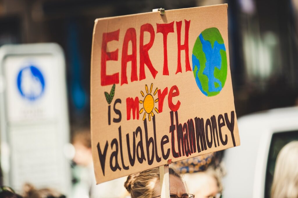 Solving Global Warming Shouldn't Be a Divisive Political Issue